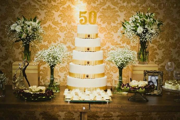 bodas de ouro são quantos anos de casado